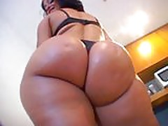 Latina bubble butt smashed by