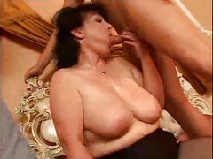 Sexy Big Tits Mom Has Sex