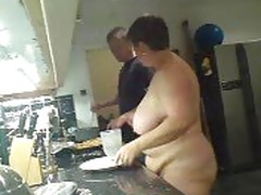 BBW naked in kitchen