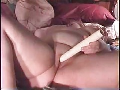 BBW uses old school vibrator