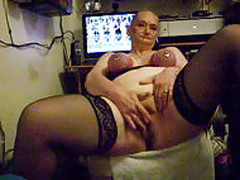 slut cumming