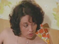 BIENENSTICH IM LIEBESNEST - VINTAGE - GERMAN  1975 - COMPLETE FILM  -B$R