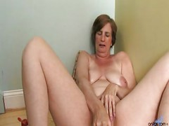 Ray Lynn mature dildo