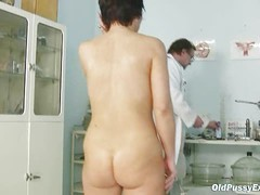 Mature woman Eva visits gyno doctor to get gyno mature exam
