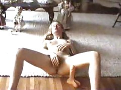 Amateur squirts away<br>
