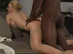 Mature Mother Fucks Black Dick<br>