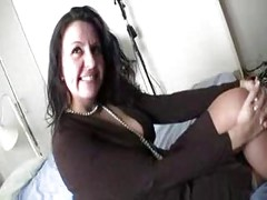 Hot mature Spanish woman gets