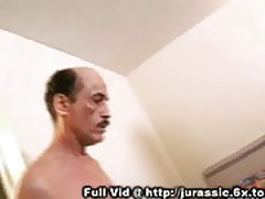 Old man fucks a spanish girl
