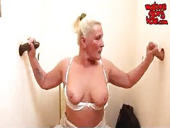 Granny loves to suck cock