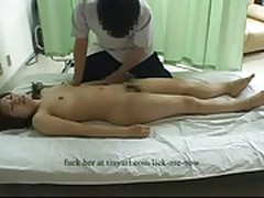 Asian fucked by massage guy