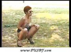 sexy outdoor pissing<br>