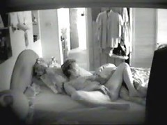 Wooow...enjoy my mum masturbating on bed. Hidden cam