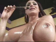 Shemale Rabeche Gets Oiled Up