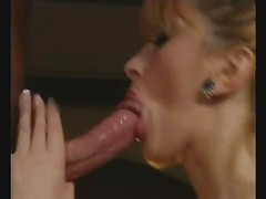 busty mature bitch sucks for facial