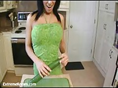 Kream fucking her holes with her vegetables until she squirt