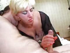 My MOM Is A Kinky Slut ( amateur mature mother milf granny couch blonde cumshot blowjob )<br>