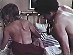 Hot threesome - Classic Porn