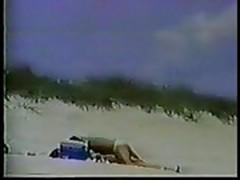 beach hidden fucking
