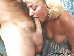 MAture Blonde Dana Hayes - milf ass<br>