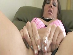 Brunette Squirting 2<br>