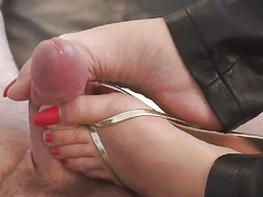 Footjob in FlipFlops