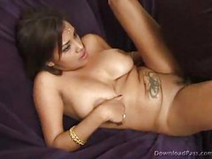 Busty Indian Gvpet<br>