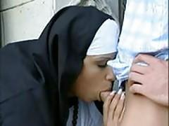 Eine nonne auf abwegen 1