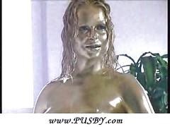 Golden bizarre bodypainting<br>