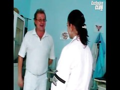 Teen Nelia gyno doctor pussy