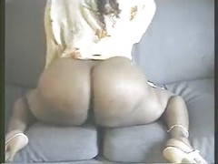 big ass booty bounce