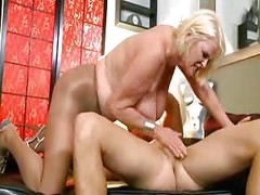 MATURE OLD WHORE Fucking Younger ( amateur milf mom mother wife cumshot blonde youngerman olderwoman )<br>
