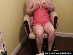 Dutch bbw Mother masturbating in her chair<br>