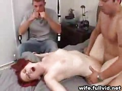 Housewife Fucked On Bed<br>