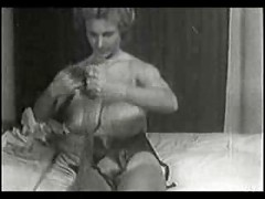 Virginia Bell Busty Vintage Retro Clip<br>