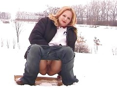 outdoor winther piss<br>