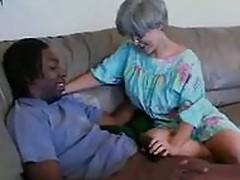 mamie se tape un black