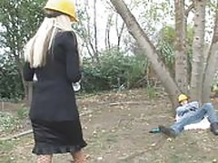 Nikki Benz fucks construction