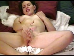Hot Babe Rubbing Her Shaven Pussy