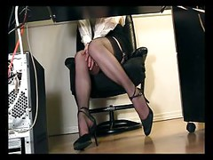 Under desk voyeur cam masturbation<br>