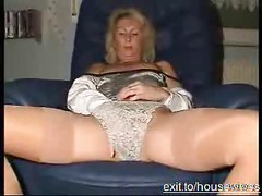Spreading Mature Blond Mom from Germany<br>