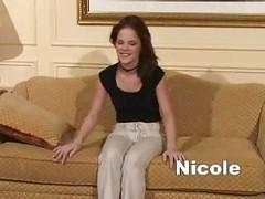 Hypno Nicole hypnotized and