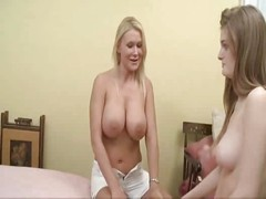 Beautiful Young Girl Gets Lesbian Instructions - Faye & Juliana