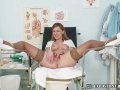 Viktorie naughty nurse pussy
