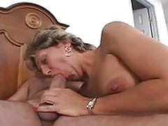 MILF WITH HOT ASSHOLE