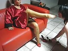 Lady Barbara Sexy Legs
