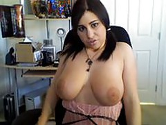 Jerk on my Big Tits