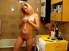 HOT Girl GORLICE HOT GIRL GORLICE MASTURBATION