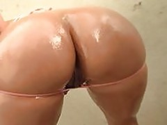 Alexis Breeze big ass girl on
