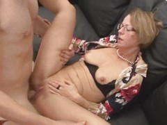 Mature sucks, spreads, gapes, spit roasted, fisted, anal, fucks and cum on glasses