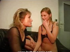 Hot mother-daughter action (german)
